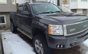 2011 chev 1500 priced to sell