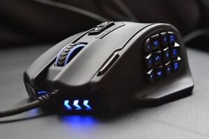 UtechSmart Venus MMO Gaming Mouse. 19 Buttons. 16400 DPI
