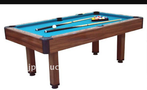 5 ft pool table...