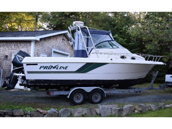 Used 1996 Pro Line Boat Co 251
