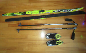 Ensemble de ski de fond Fisher pour junior (6-8 ans environ)