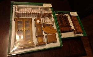 Wooden Dollhouse Furniture, 11 pieces in original boxes