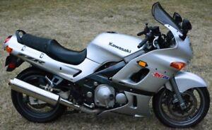 2004 Kawasaki Ninja ZZR600 Sport-Touring