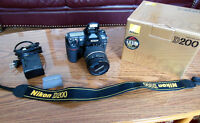 Barely used Nikon D200 body with Tamron SP AF 17-50 mm lense