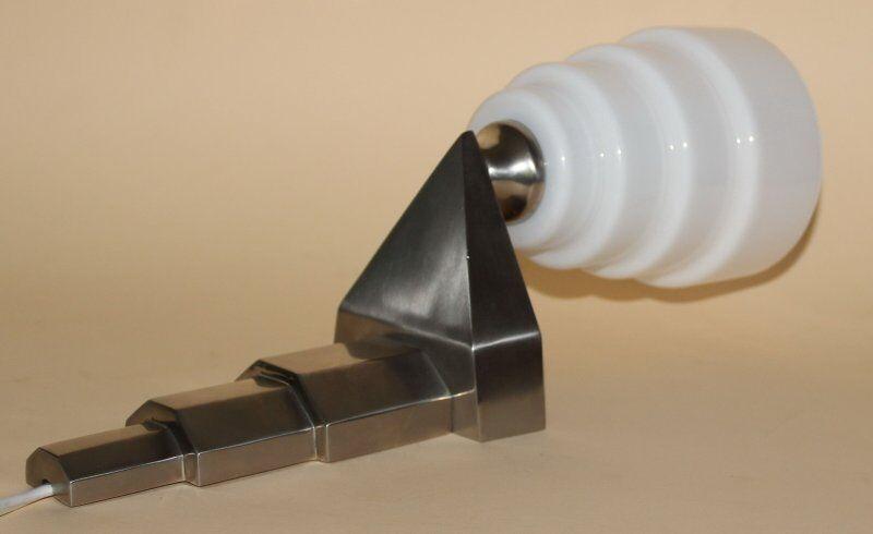 wandlampe art deco bauhaus designleuchte gestufter halter glas silberfarben eur 169 00. Black Bedroom Furniture Sets. Home Design Ideas