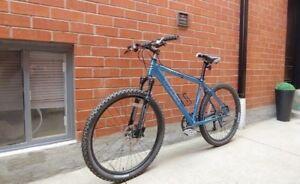 Trek Heavy-Duty Aluminum Mountain Bike/disc brakes(medium)