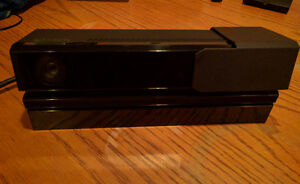 Xbox One Kinect w/ TV Mount