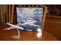 """Model Aircraft Corgi 48505 1:144 D H Comet 4C XS235 """"Canopus"""" Limited Edition."""