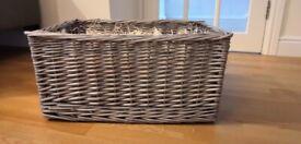 Large wicker basket hamper (NEW)