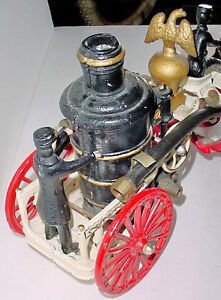 Antique Cast Iron 23 in Horse drawn Fire engine pump London Ontario image 4