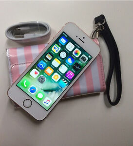 32gb Rose Gold iPhone SE in great condition