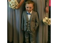Next boys suit 4-5 years