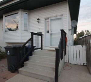 Pet friendly Warman home for rent