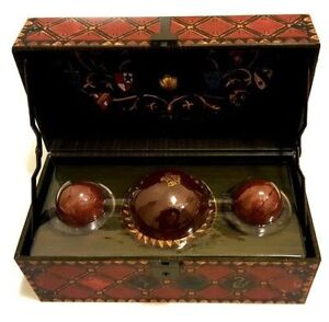 Harry Potter Quidditch Set Collectible Deluxe Chest Decorative Golden Snitch