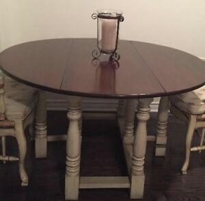 Beautiful dining room table purchased at LT.