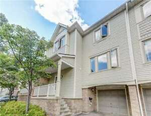 Marvelous 3 Bed 2 Bath Condo Townhouse in Mississauga