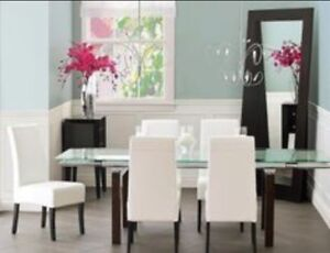 Structure casa dining set