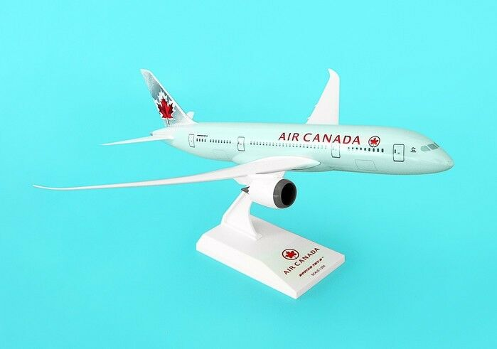 Skymarks Model Air Canada 787-8 1/200 Scale with Stand