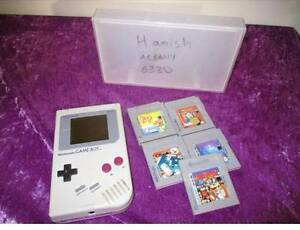for sale:ORIGINAL gameboy with 5 games Albany Albany Area Preview