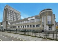 Spacious One Bed flat in Art Deco Wallis House