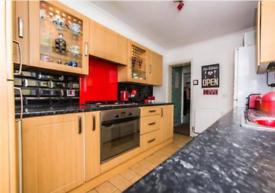 3 bedroom house in Gillingham Road, Gillingham