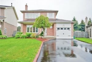Renovated 4 bedroom 4 bathroom house for rent in Whitby/Oshawa