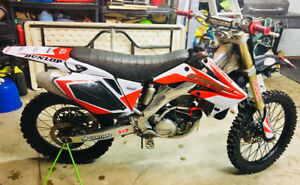2004 Honda CRF250R 2500$ or trade for crf150r