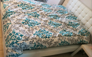 Complete bed frame with it's mattress (liquidation)