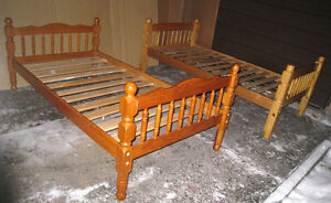 $130 EACH, 2 Solid Wood Single Beds+free wood slats,mattresses$$