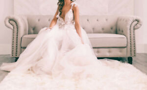 Stunning Designer Wedding Dress - BERTA -