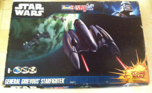 REVELL STAR WARS GÉNÉRAL GREVIOUS STAR FIGHTER NEW