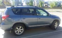 2007 Toyota RAV4 Limited AWD, Leather, Sunroof, Remote Start
