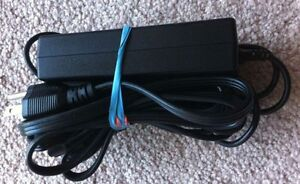 HP dv9700 Original Charger + Battery