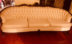 Beautiful modern victorian lounge sofa (couch)