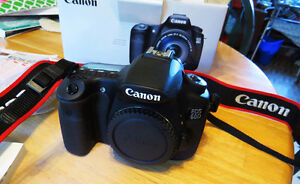 Canon 60d BODY,2 extra Batteries,Charger,Box,Books,cds Cords,