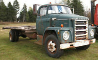 WANTED:1969 Dodge C600 Swing fender!