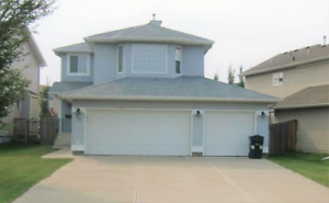 Sherwood Park 4 Bdrm House For Rent Available Now!