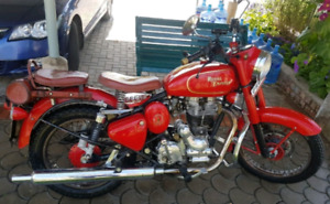 Straight from New Delhi 1999 Royal Enfield 500