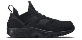 Nike Air Trainer Huarache Low 'Triple Black' Size UK 6 9 Brand New