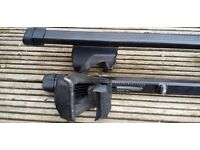 Thule Lockable Roof Bars for Vehicles with Existing Roof Rails