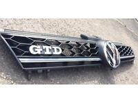 VW Golf MK7 Grill