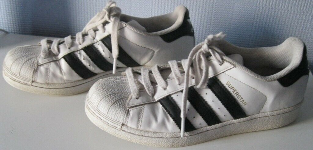 456472d51 Adidas Superstar Trainers
