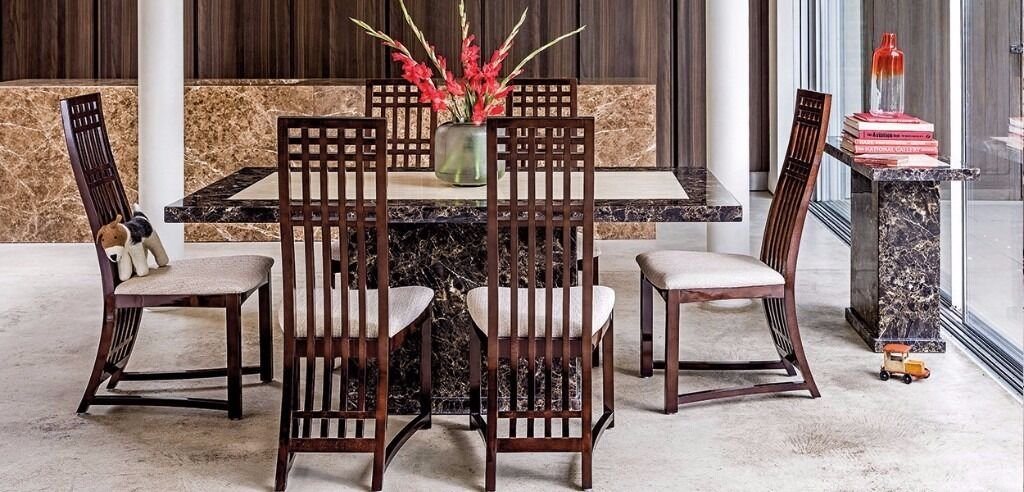 NEW BOXED HARVEYS MARBLE PATRA DINING TABLE WITH 4 SPARTA CHAIRS SET In Kin