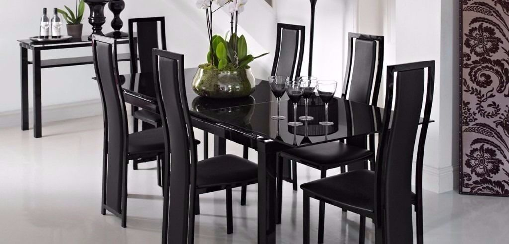Extending Black Glass Dining Table And 6 Chairs Noir
