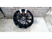 VW T5 T6 20 inch alloys with fixing kit, excellent condition