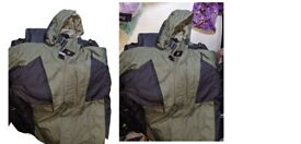 BNWT Footlocker Dark Green Coat - Medium