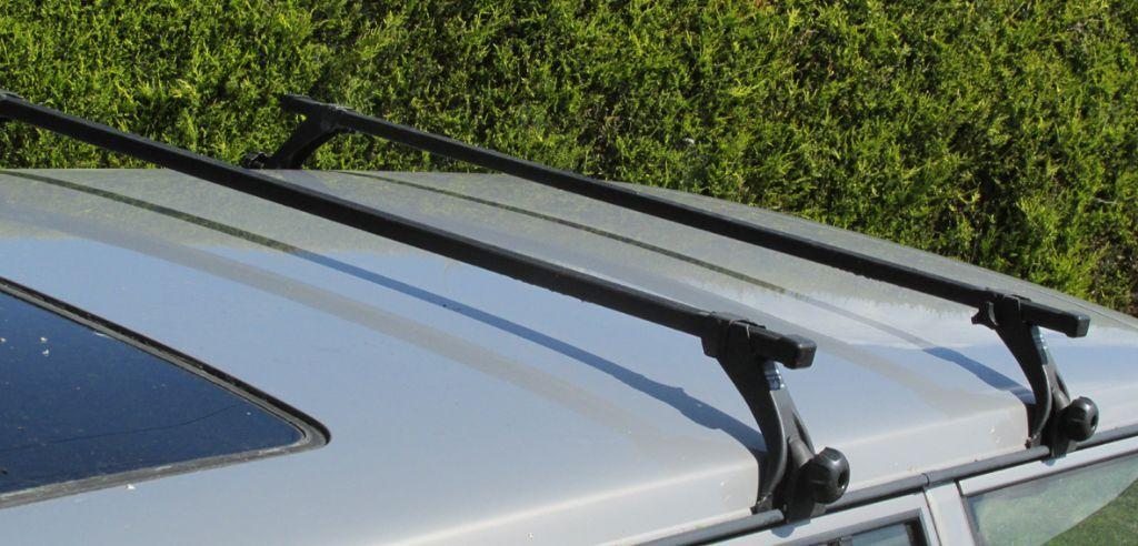 Universal Gutter Mount Roof Bars Rack Good Condition