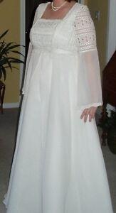 Vintage Wedding Dress for Sale