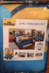 New Minions 5pc Twin Bed Set in original package