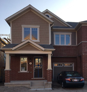 4 BR New-End Unit Townhouse–October 1st – Derry/Thompson-Milton